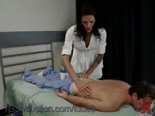 Порно массажистка оказалась трансом