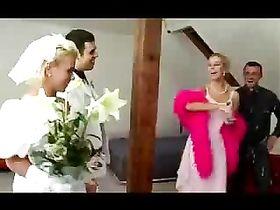 porno-svadba-na-ostrove