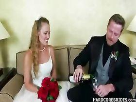 Невесту ебут гости на свадьбе порно, анальный секс голландия