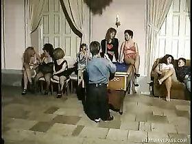 карлики и лилипуты ххх видео